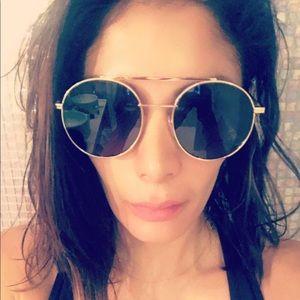 100% authentic Gold Fendi aviator sunglasses